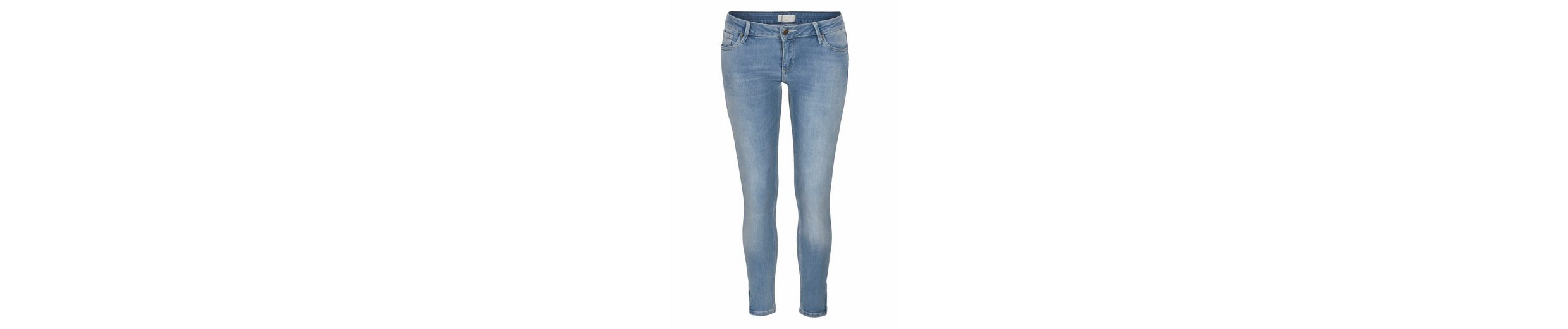 Cross Jeans® Stretch-Jeans 7/8 Giselle, mit kleinem Zipper am Saum