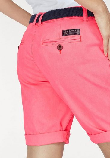 Superdry Bermudas INTERNATIONAL CITY SHORT, krempelbar - inkl. Gürtel