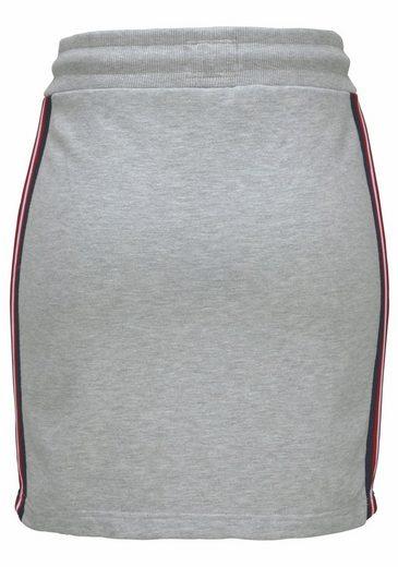 Superdry Sweatrock PACIFIC MINI SKIRT, mit Seitenstreifen und Badges