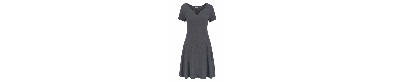 fransa Jerseykleid Imtie, mit trendy Cut-Out am Ausschnitt