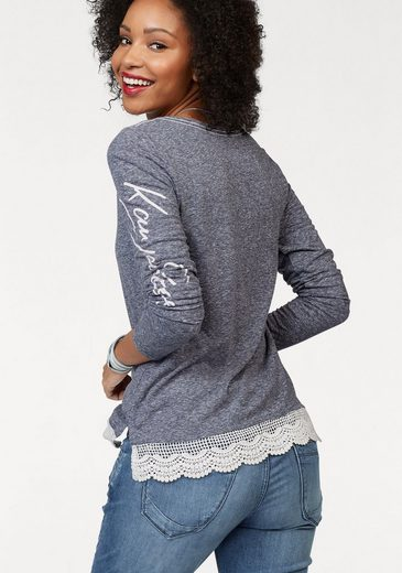 Kangaroos Longsleeve, With Wide Lace At The Hem