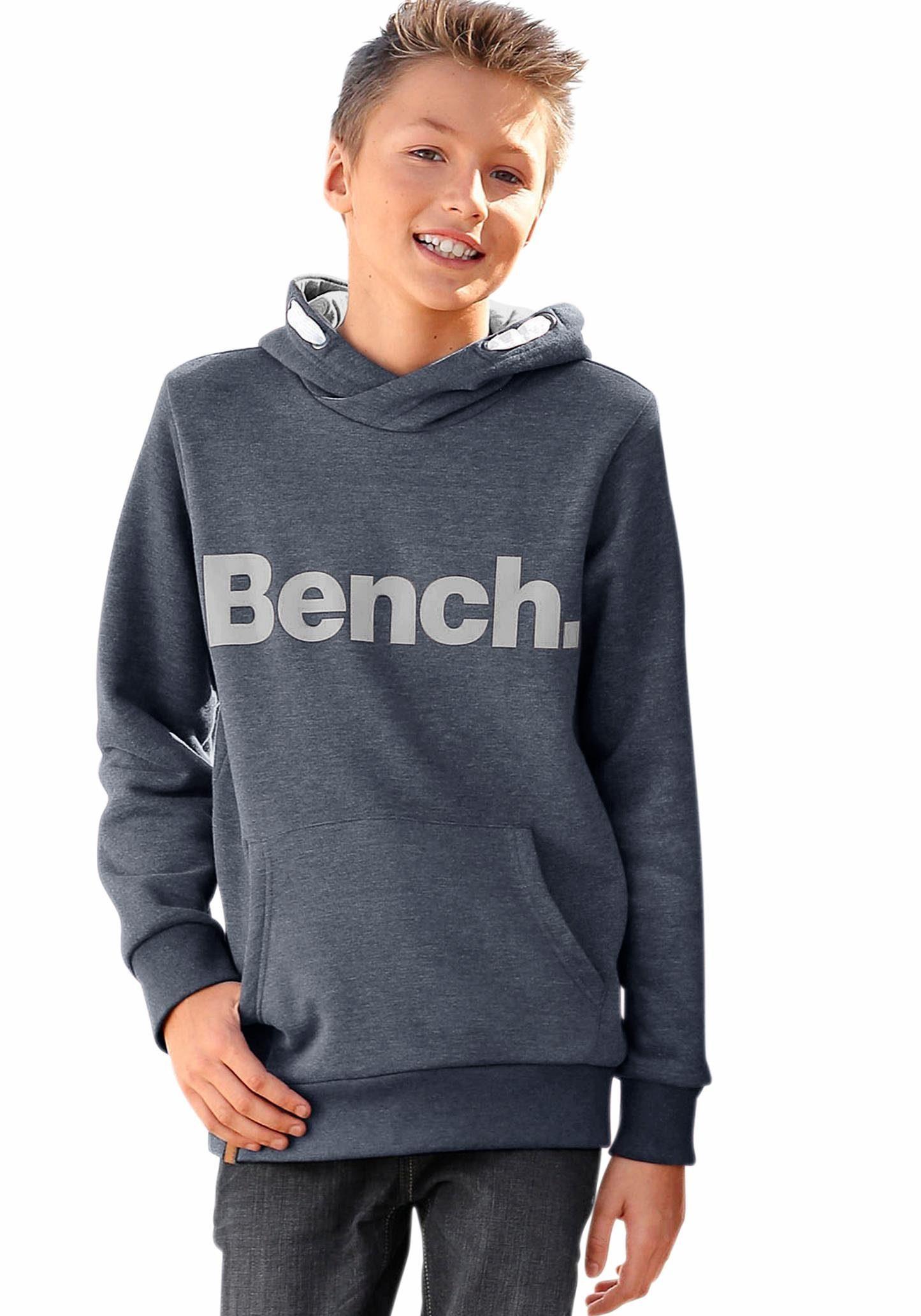 Bench. Kapuzensweatshirt mit großem Logo Druck vorn online kaufen | OTTO