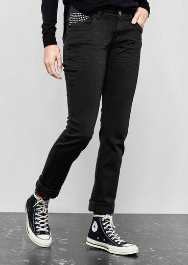 Q / S Conçu Par Catie Slim: Jeans Avec Agrafes