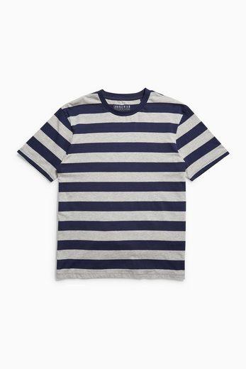 Next Set aus T-Shirt mit breiten Streifen und kurzer Hose