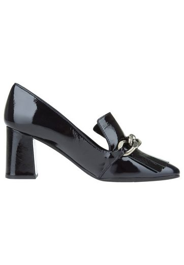 Paco Gil With Chain Details Of Patent Leather Pumps
