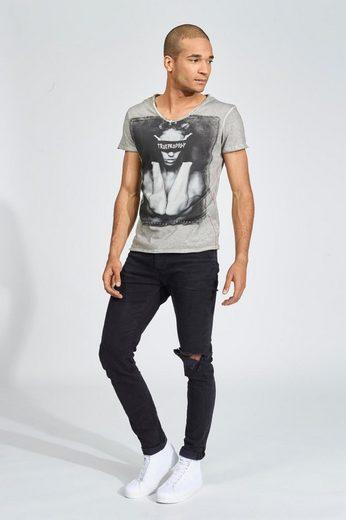 trueprodigy T-Shirt Blindfolded vintage