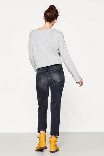EDC BY ESPRIT Verkürzte Jeans im Destroyed-Look