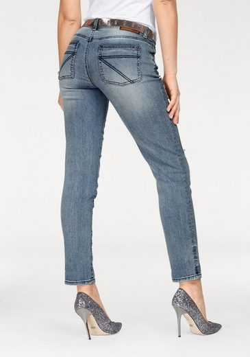 Arizona Boyfriend-Jeans mit Destroyed Effekten und Patches, 7/8 Länge