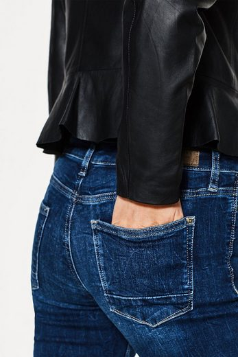 ESPRIT COLLECTION Softe Lederjacke mit femininem Schößchen