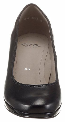 Ara Pumps, in klassischem Look