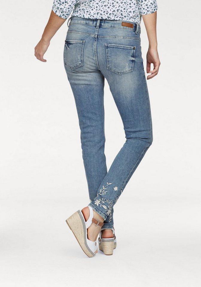 s.Oliver RED LABEL Skinny-fit-Jeans mit Blumenstickerei online ... 54710ba082