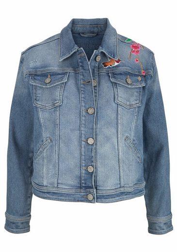 BLUE FIRE Jeansjacke STACY, mit Badges und Statement Einsätzen