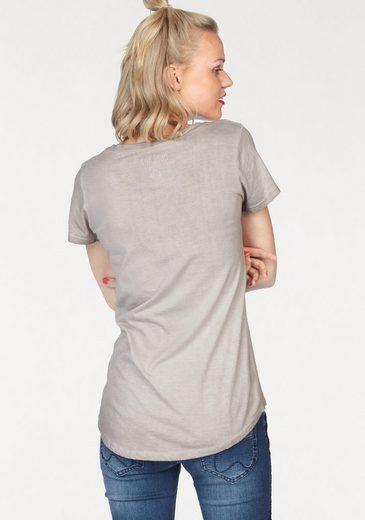 Coccara T-Shirt FAY, mit Pailletten-Details in Sternenform