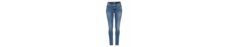 TOMMY JEANS Skinny-fit-Jeans Nora, mit Logo-Stickerei