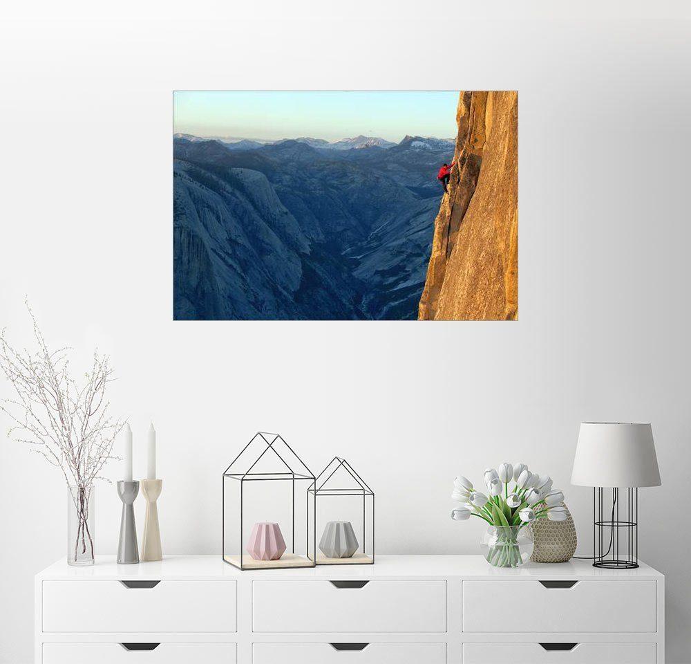 Posterlounge Wandbild - Jimmy Chin »Ein Kletterer erklimmt den Half Dome«