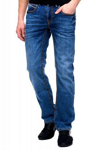 Rusty Neal Jeans mit trendigem Design