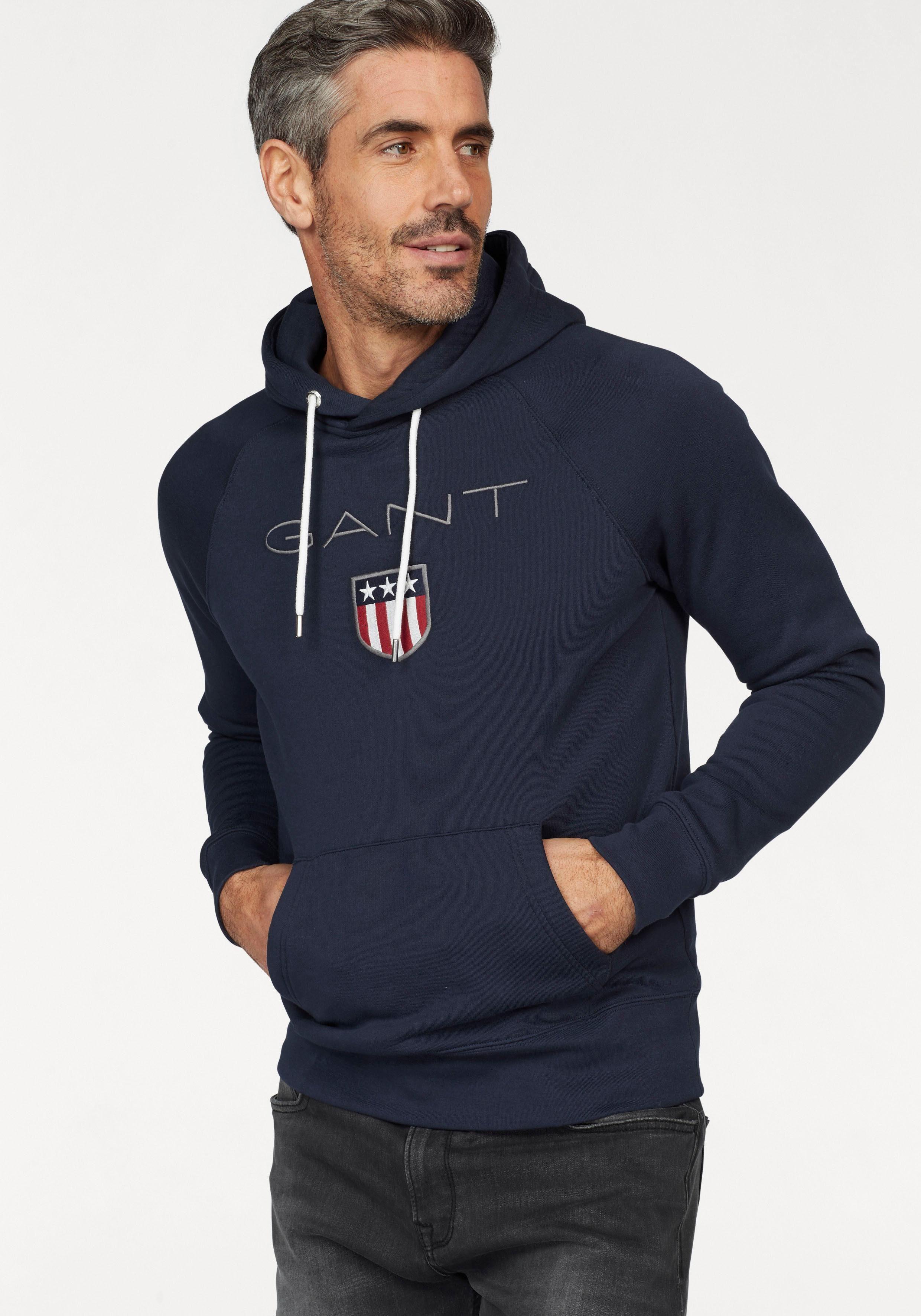 Gant Kapuzensweatshirt »Shield Sweat Hoodie« plakative GANT Stickerei online kaufen | OTTO