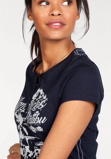 KangaROOS T-Shirt, mit großem Front-Print und Knopfleiste