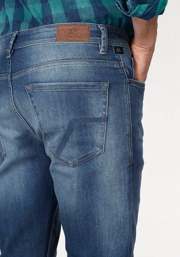 Q/S designed by Slim-fit-Jeans (Set, mit Gürtel)