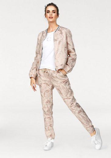 CLAIRE WOMAN Jogger Pants, im glänzenden Jacquard-Look