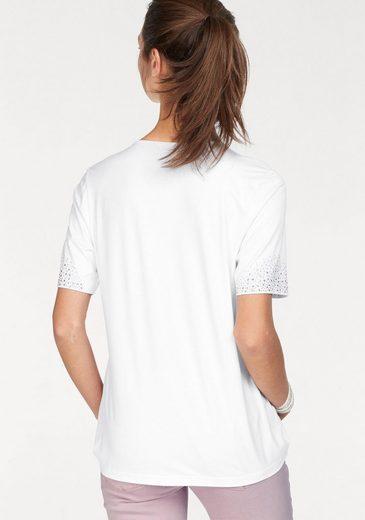 Clarina V-shirt, V-shirt With Dekoplättchen Of Cutting And Sleeveless