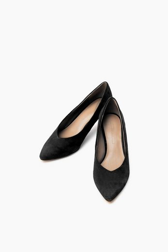 ESPRIT Retro-Pumps aus softem Veloursleder