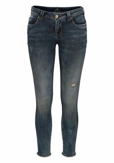 LTB Skinny-fit-Jeans RIA, mit Stickerei