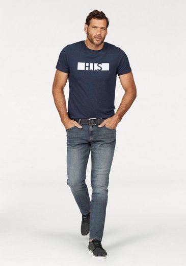 Son T-shirt