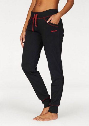 Banc. Pantalon De Détente Avec Surpiqûres Contrastées