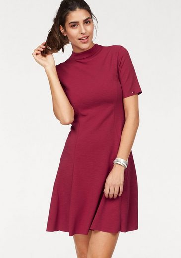 Tommy Jeans Kleid TJW BASIC FIT FLARE DRESS S/S 11