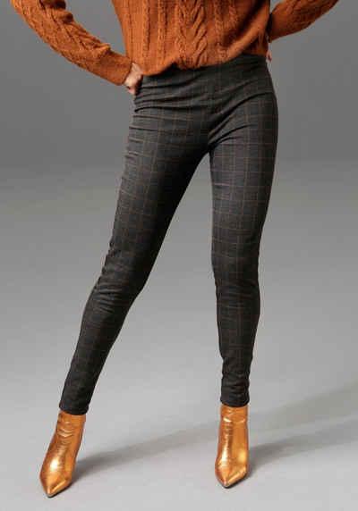 Aniston CASUAL Leggings mit glitzerndem Tape entlang der Seitennähte - NEUE KOLLEKTION