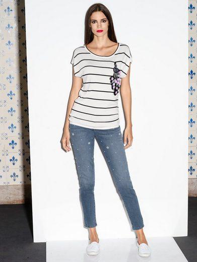 Amy Vermont Jeans Mit Perlendekoration