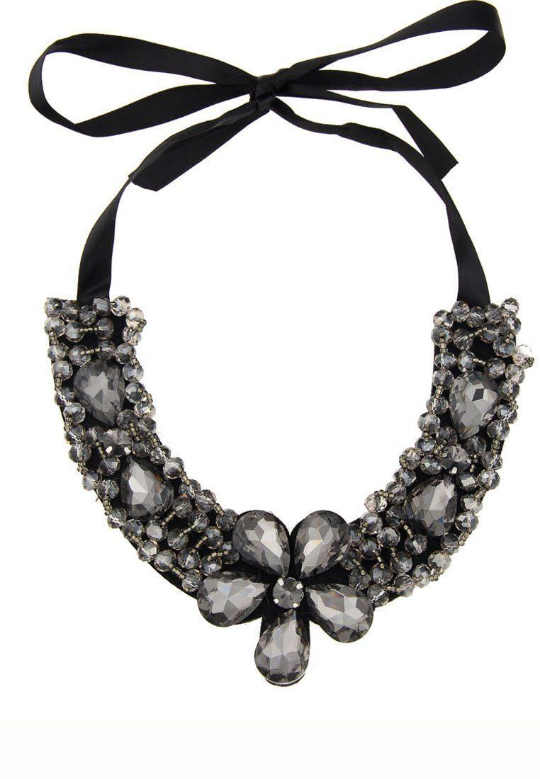 Leslii Halskette im extravaganten Design