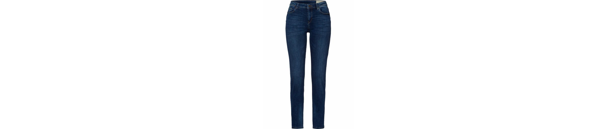 ESPRIT Straight-Jeans, im Five-Pocket-Design