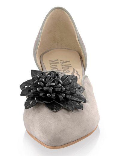 Alba Moda Ballerina mit Lederapplikation in Blütenform