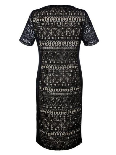 Mona Kleid aus elastischer Spitze