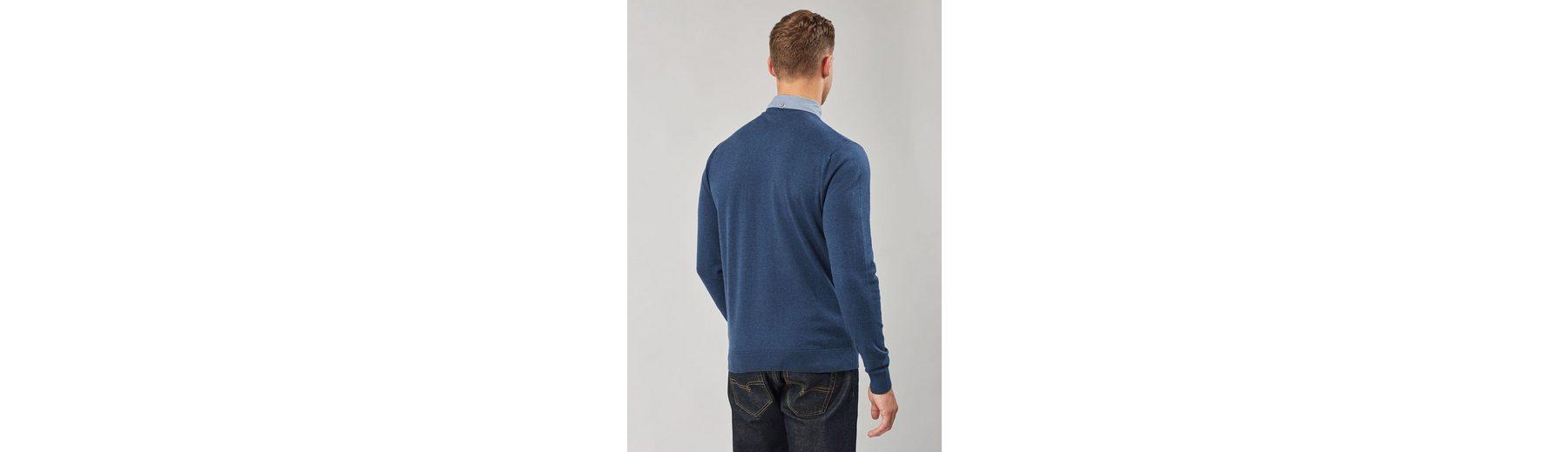 Next Shirt mit V-Ausschnitt und angedeutetem Hemdeinsatz Verkaufsstelle 7V3cN