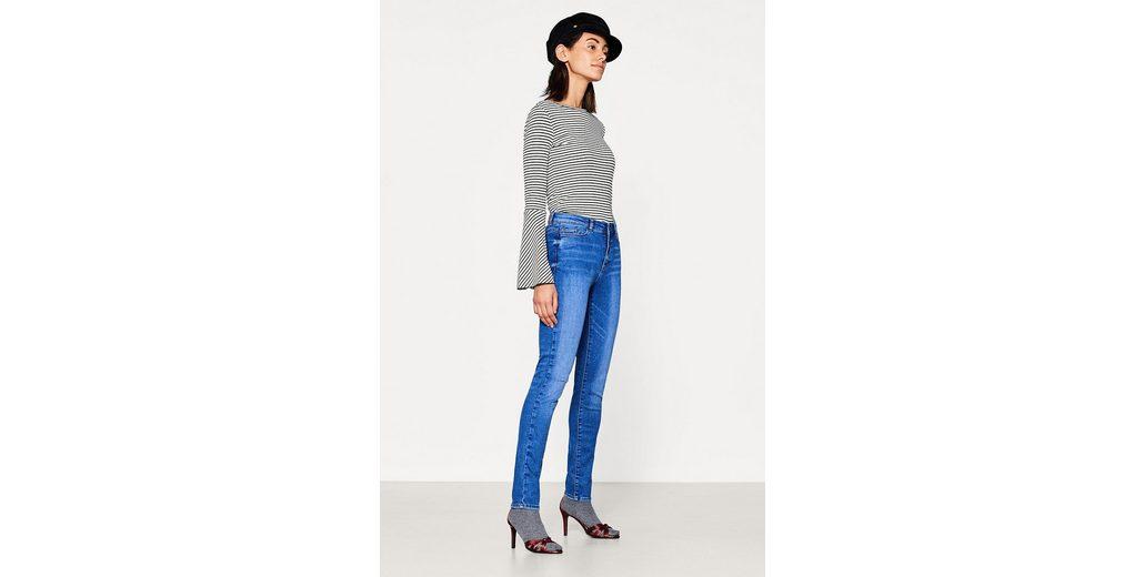 ESPRIT Used-Look-Jeans aus Super-Stretch Pay Online Mit Visa-Verkauf Niedrig Kosten Für Verkauf Online-Verkauf Angebote Zum Verkauf TiQ6mcqk