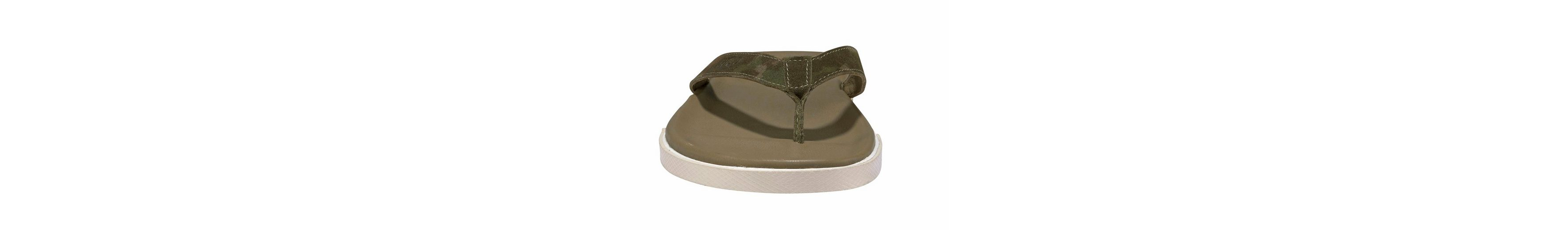 UGG Bennison 2 Zehentrenner, im trendy Camouflage-Look
