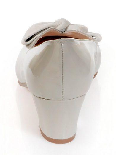 Alba Moda Pumps With Decorative Bow