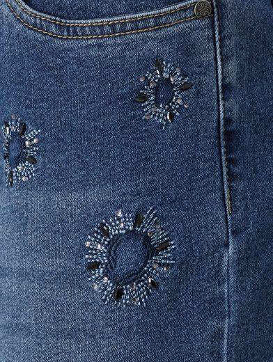 Mona Jeans mit Strasszier
