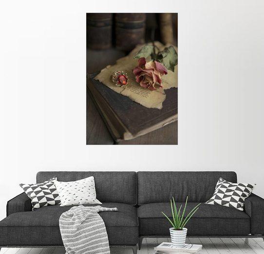 Posterlounge Wandbild - Jaroslaw Blaminsky »Alte Bücher, Ring, Briefe und trockene Rose«
