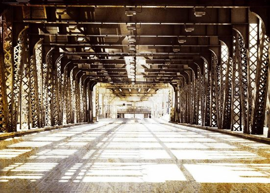 Leinwandbild »Stadtbrücke«, 140/100 cm