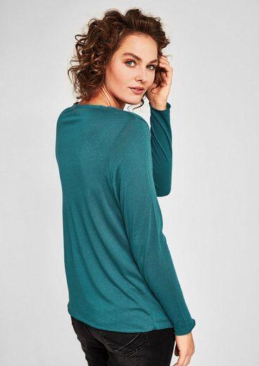 TRIANGLE Feminines V-Neck-Shirt