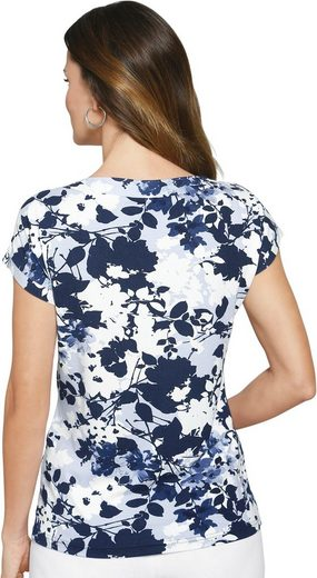 Lady Shirt With A Floral Pattern