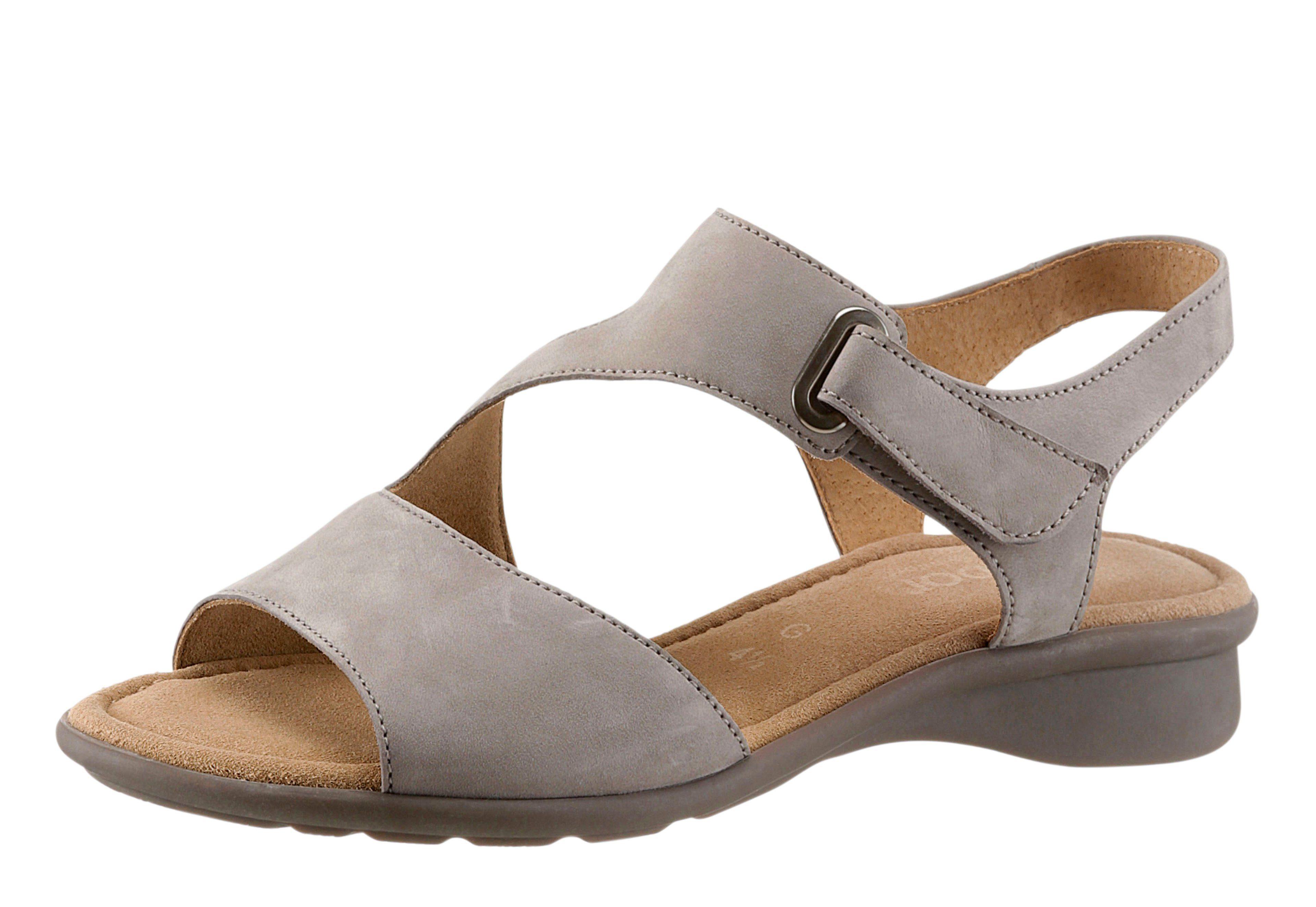 Gabor Sandale mit rutschhemmender Gummi-Laufsohle, weiß, weiß