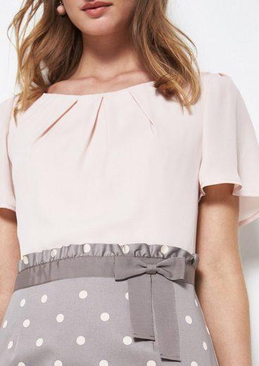 COMMA Glamouröses Kleid mit Pünktchenmuster