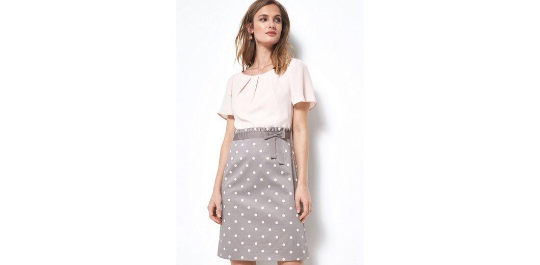 COMMA Glamouröses Kleid mit Pünktchenmuster Billig Mit Paypal Günstige Online Echt Verkauf Online Freies Verschiffen Browse 2018 Neueste XuHK4UVPY