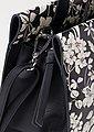 Esprit Henkeltasche »ARACELI«, mit floralem Alloverprint und abnehmbaren Schulterriemen, Bild 4