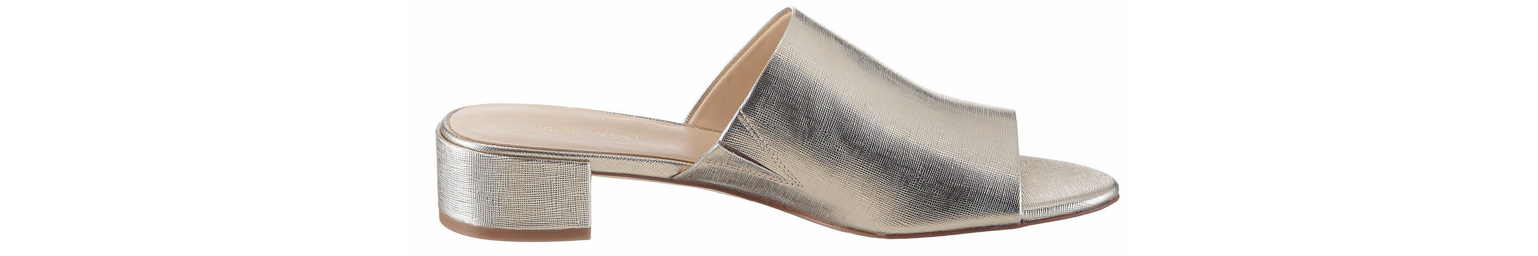 Nine West Raissa3 Pantolette, im trendigen Metallic-Look